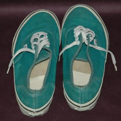 Vintage Vans Classic Skate Surf Shoes Size  M 8 1/2-Classic vans lace-up